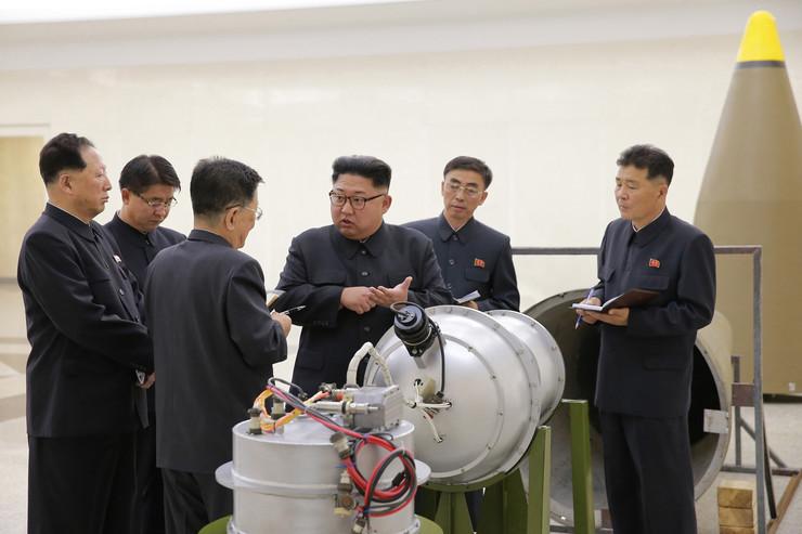 Kim nuklearno oružje01