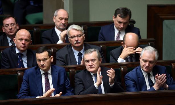 Rząd PiS stanowi zagrożenie dla demokracji - twierdzi Komitet Obrony Demokracji