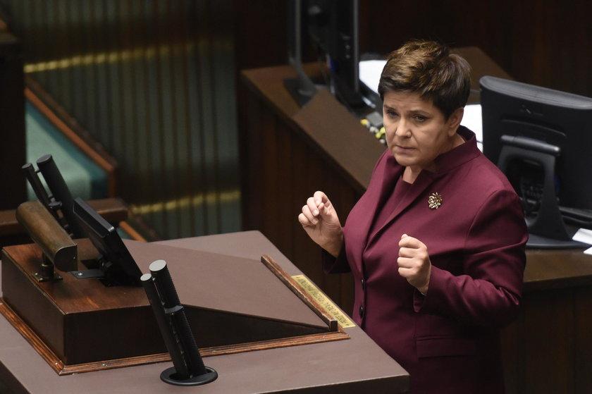 Burzliwa debata w Sejmie. Macierewicz wbił szpilę Schetynie