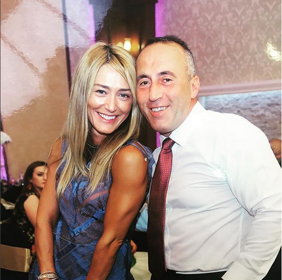 Ramuš Haradinaj sa suprugom Anitom Mucaj