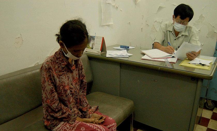 Lekarz bez dyplomu zaraził HIV prawie całą wioskę