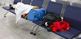 Koczujesz na lotnisku? Możesz dostać odszkodowanie!