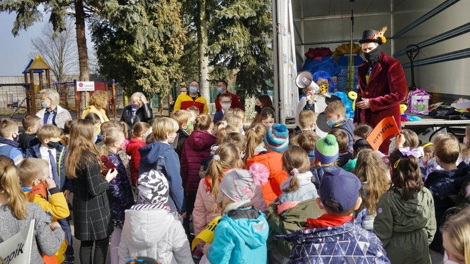 """""""1000 powodów, by czytać"""". Krakowska Szkoła Podstawowa nr 134 w gronie laureatów"""
