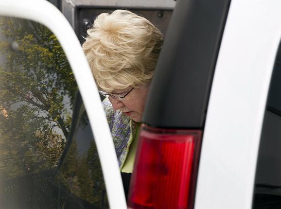 Melisa En Šepard dolazi na suđenje u Sidneju u Novoj Škotskoj