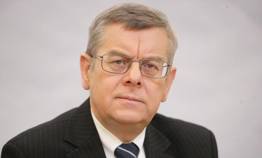 """PiS chce odbudować Pałac Saski. Prof. Tomasz Nałęcz: """"Najpierw niech dokończą, co zaczęli""""."""