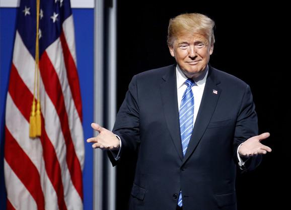 Pismo: Donald Tramp