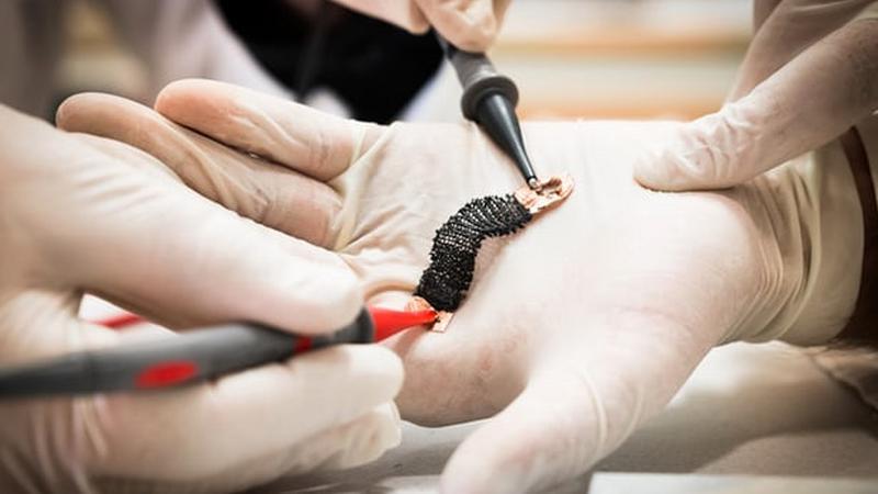 Tekstylne mięśnie przyszłością egzoszkieletów