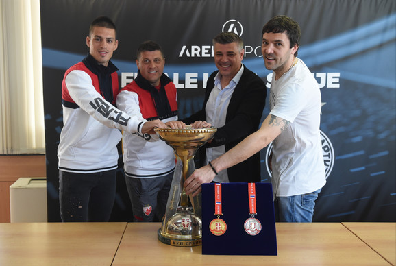 Kome će pripasti trofej Kupa? Vujadin Savić, Vladan Milojević, Savo Milošević i Vladimir Stojković