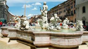 Turysta z USA surowo ukarany za wejście do znanej fontanny w Rzymie