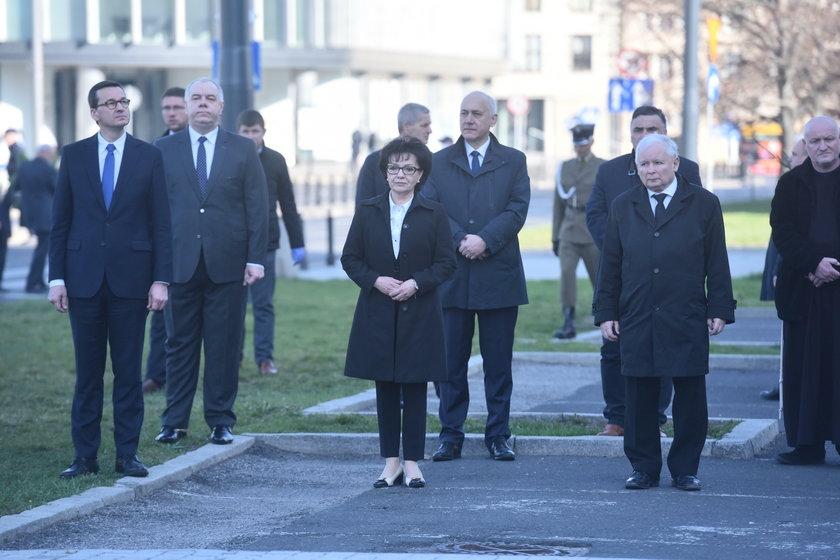 W całej Polsce trwają uroczystości związane z 10. rocznicą katastrofy smoleńskiej