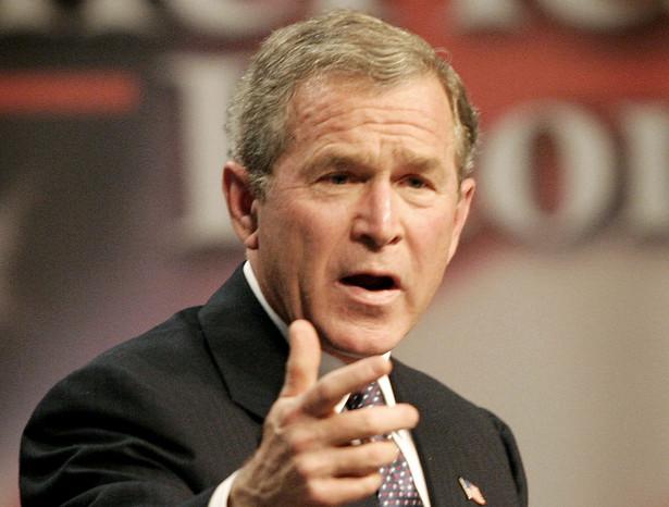 W swej książce Bush zdradza również, że w 2003 r. jego wiceprezydent Dick Cheney, niepopularny w społeczeństwie, zaoferował swoją dymisję.