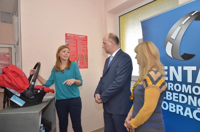 Kancelarija za dečija sedišta Marijana Jovanović, Zdravko Jelušć i Ljerka Popov