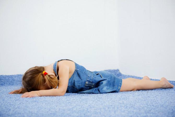 Deci teško pada kada čuju da se njihovi roditelji zbog njih osećaju loše