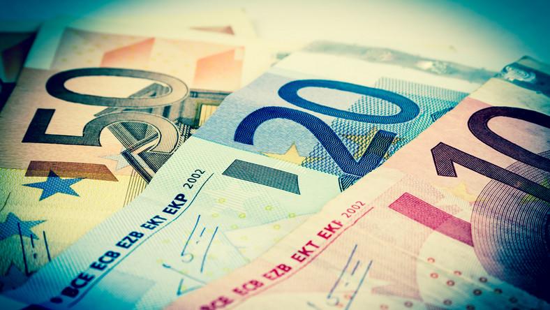 МВФ: Польша богаче Португалии
