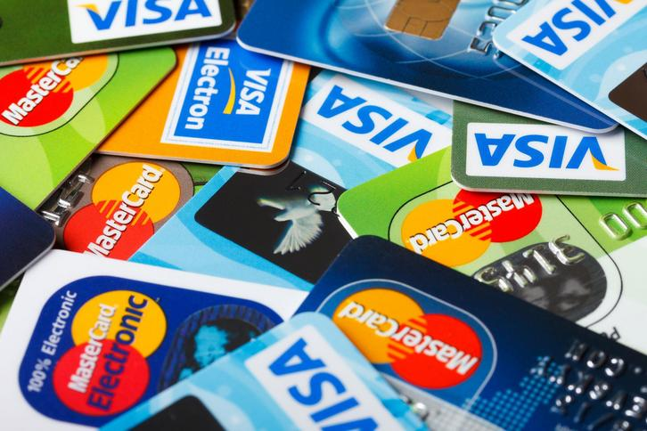 открытие банк со скольки лет дают кредит кредит онлайн заявка на кредит наличными во все банки