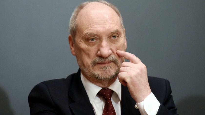 Konflikt na linii prezydent-szef MON