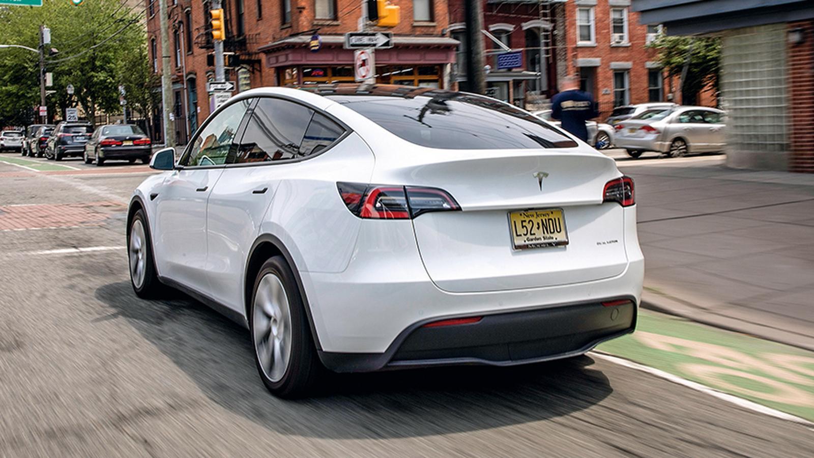 Tesla Model Y się sypie – teraz nie elektronika, lecz zawieszenie