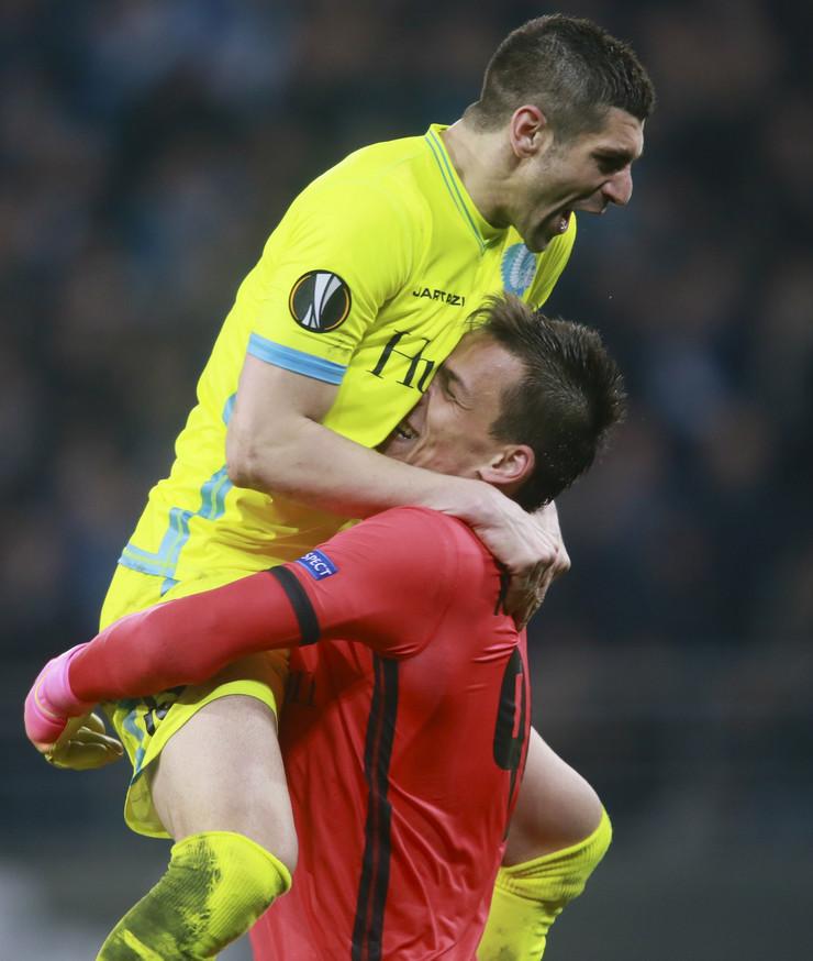 FK Gent, FK Totenhem, Stefan Mitrović