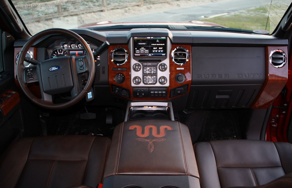 Ford F-350 Super Duty King Ranch