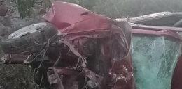24-latka zginęła o świcie. Jej auto wbiło się w ścianę budynku