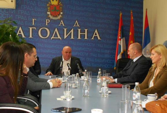 Dragan Marković Palma s italijanskim menadžerima