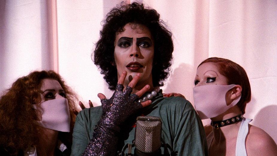 """""""The Rocky Horror Picture Show"""": kadr z filmu. Na zdjęciu: Tim Curry jako doktor Frank-N-Furter"""