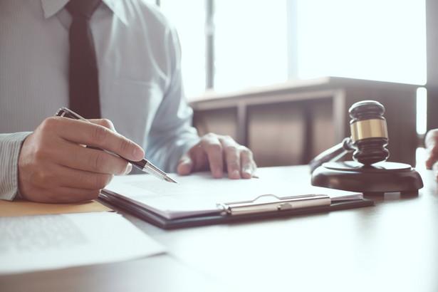 Obecni aplikanci rozpoczynali naukę w Krajowej Szkole Sądownictwa i Prokuratury w okresie, kiedy nie obowiązywał wymóg posiadania wyłącznie obywatelstwa polskiego