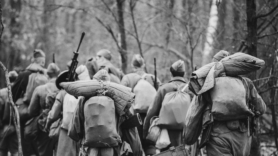 Żołnierze Armii Czerwonej dopuszczali się okrutnych zbrodni na polskiej ludności - Grigory Bruev/stock.adobe.com