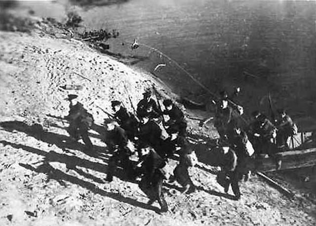 Sovjetski marinci na Volgi