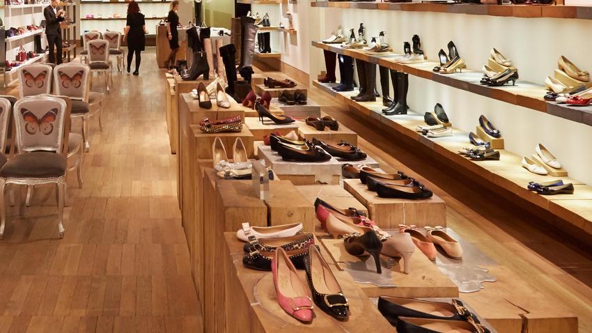 4272de68ae4951 Wygodne damskie obuwie na lato teraz w atrakcyjnych cenach!