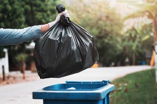 Miasta chcą zatrzymać odpływ śmieci z instytucji i biur