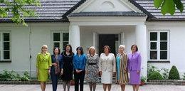 Komorowska zabrała Pierwsze Damy do.... Foto