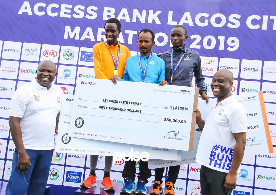 Governor Akinwumi Ambode, Group Managing Director of Access Bank Herbert Wigwe, Sintayehu Legese of Ethiopia (m) is the winner while Kenyan duo, Joshua Kipkorir ($40,000) and William Yegon finished second ($40,000) and third ($30,000) respectively in the men's event.
