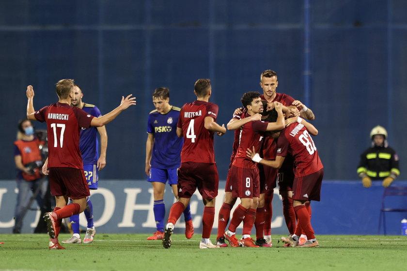 Ekstraklasa SA oraz Zagłębie Lubin przychyliły się do prośby mistrza Polski i zaplanowany na sobotę mecz ligowy tych zespołów został przeniesiony na 15 grudnia.