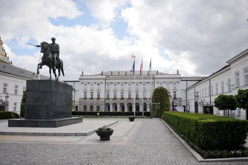 """Sprzedana na aukcji """"Gęsiarka"""" to obraz z Pałacu Prezydenckiego"""