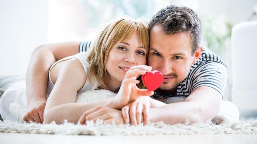 najlepsze serwisy randkowe Walia 10 sposobów, w jaki wiesz, że umawiasz się z mężczyzną