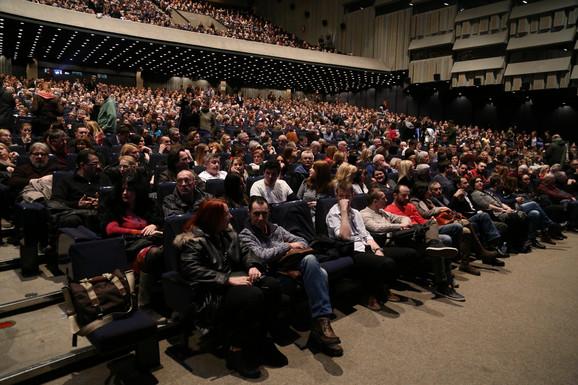Publika u Sava centru