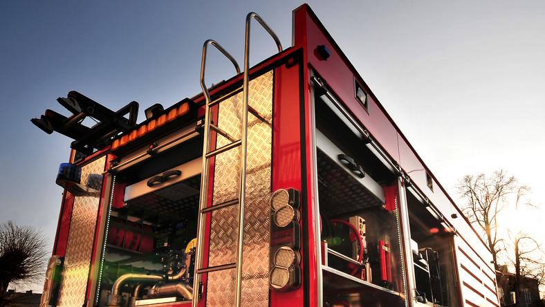 Pożar dawnej meblarni w Szamotułach