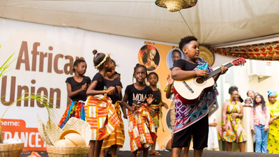 Ecole Ronsard marks AU Day in grand style