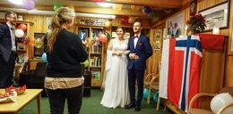 Pobrali sięw Arktyce. Mają najdłuższą noc poślubną