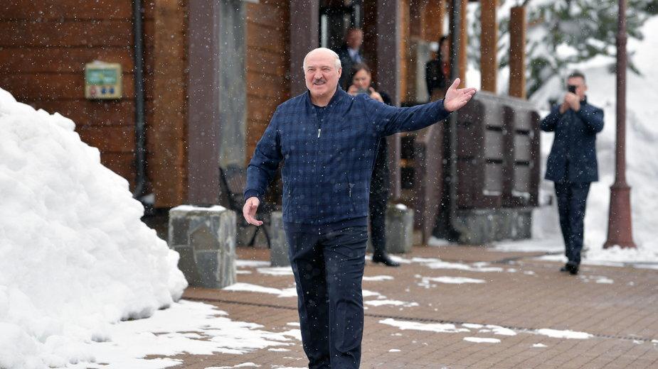 Białoruski samiec alfa i niedoszły car. Jak Łukaszenko zdobył i nie oddał władzy