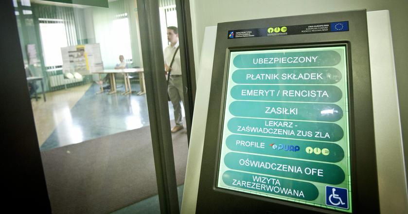 Przez awarię systemów PUE pracownicy nie mają dostępu do informacji o wystawionych zwolnieniach lekarskich