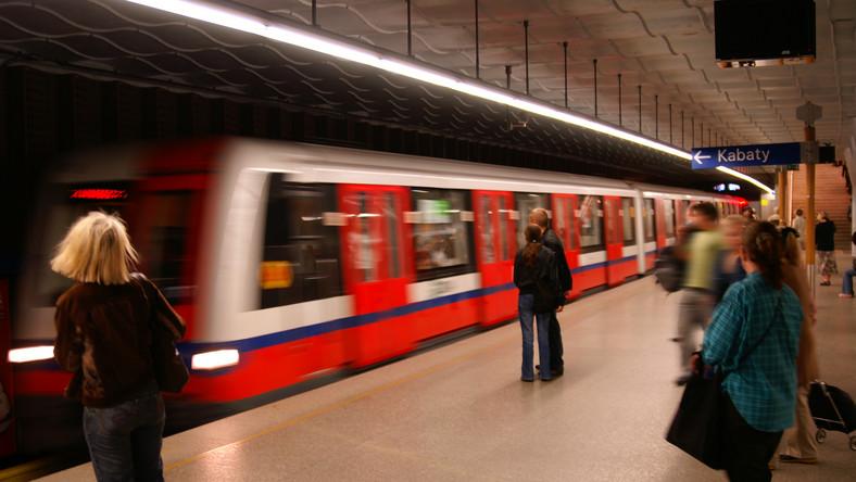 Metro Warszawskie ofiarą przekrętu. Oszuści zarobili ponad 560 tys. zł