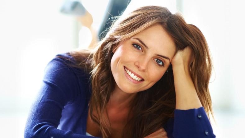 Naukowcy udowodnili, że śmiech pomaga wyzrowieć