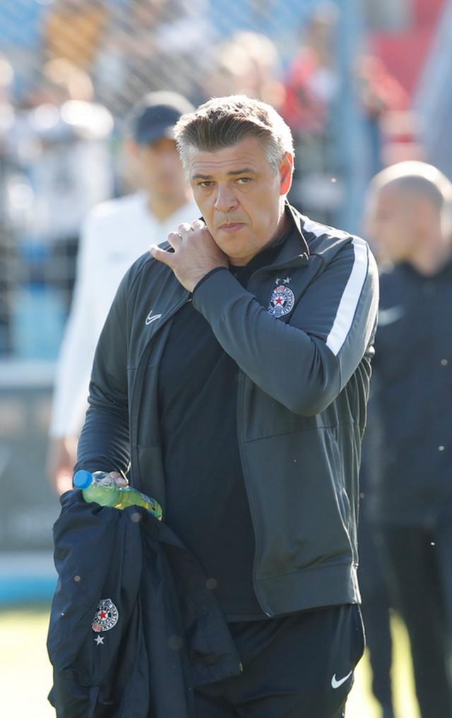 FK Partizan FK Radnik