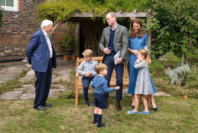 Kejt i Vilijam sa decom i čuvenim prirodnjakom Dejvidom Atenboroom