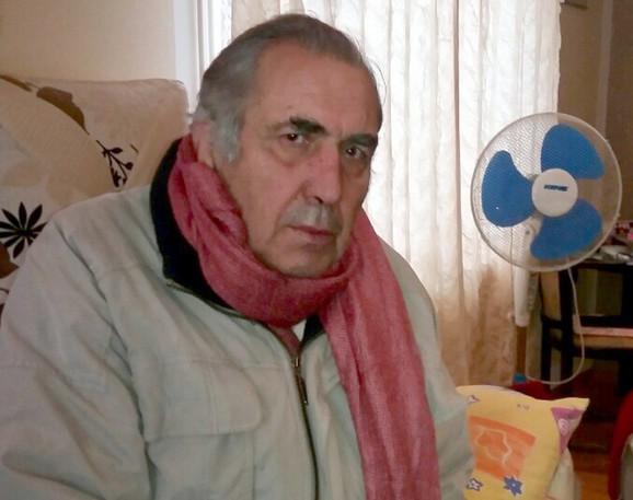 Novinar Milan Jovanović kojem je zapaljena kuća