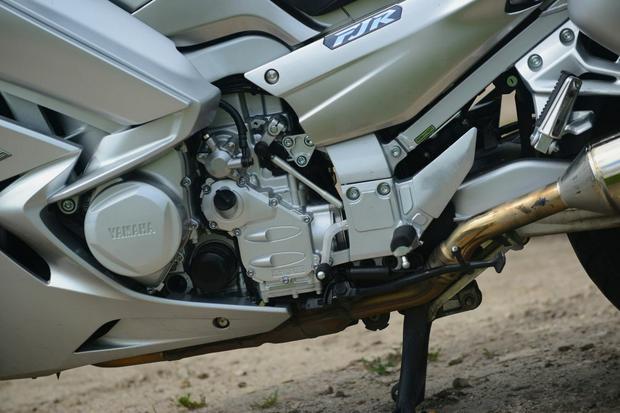 Jeden z największych atutów FJR1300 - doskonały silnik i napęd...