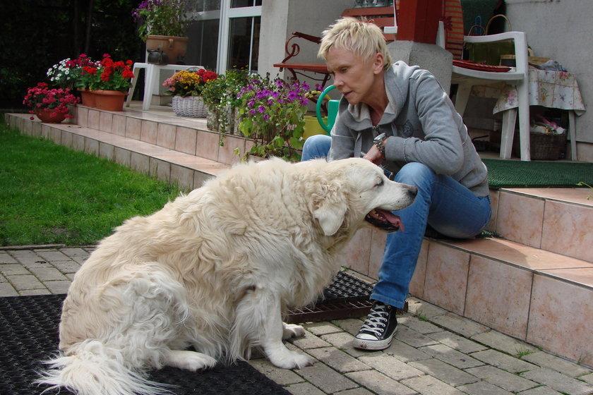 Ewa Błaszczyk z psem