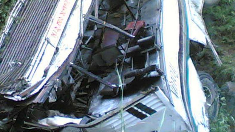 Autobus spadł w górską przepaść. Jest mnóstwo ofiar